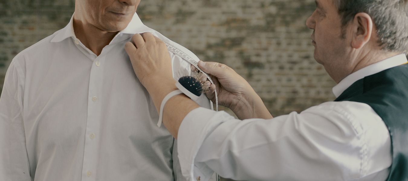 Maßnehmen Hemd weiß