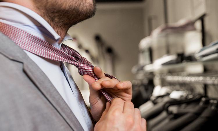 Krawatte knoten binden